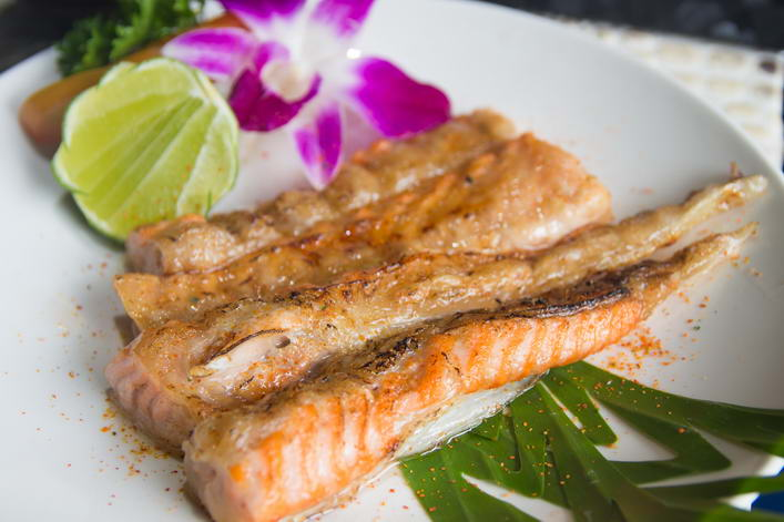 YA13. Salmon belly yaki