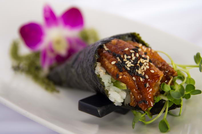 HR1. Unagi hand roll