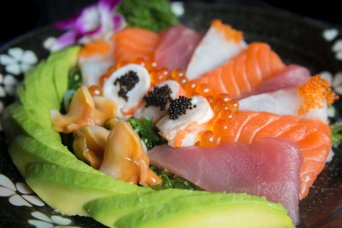 SAL8. Wakame seafood salad