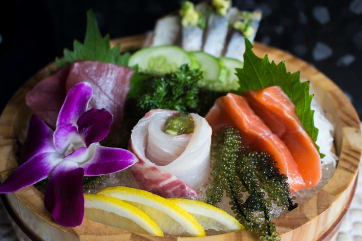 Sushi lunch set 3 (Sashimi)